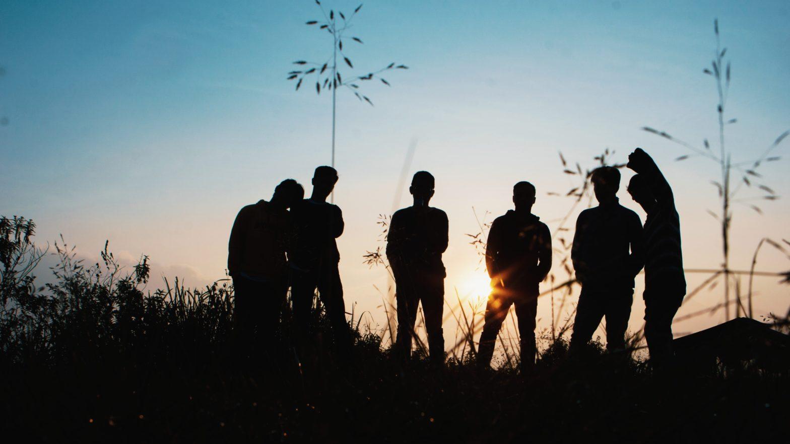 Jeunesse dans le paysage