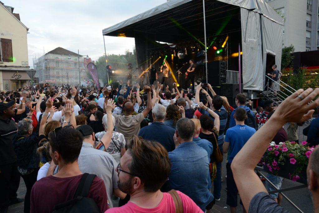 Scène musicale de la Fête de la Ville de Longjumeau