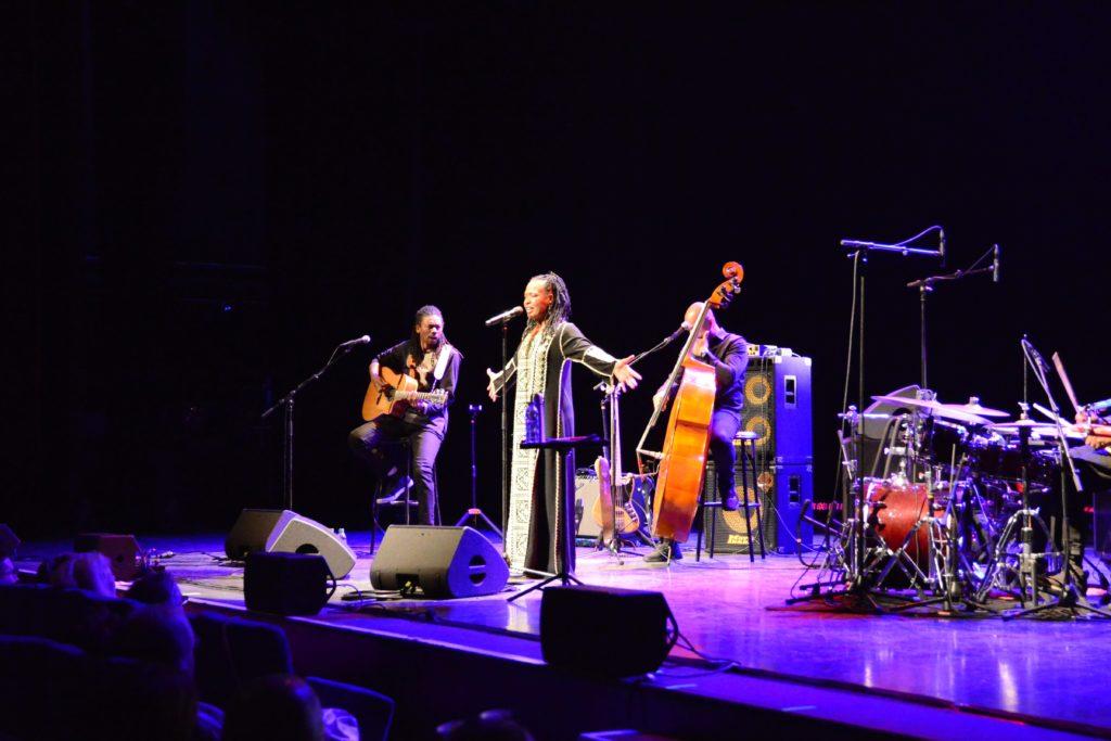 Représentation de Lisa Simone, au Théâtre de Longjumeau lors du Festival de Jazz